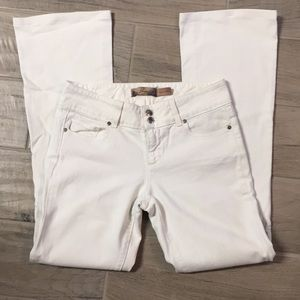 Page hidden hills boot cut white jeans size 26